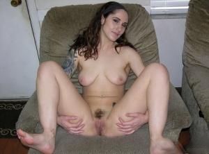 Hairy Pussy Girlfriend